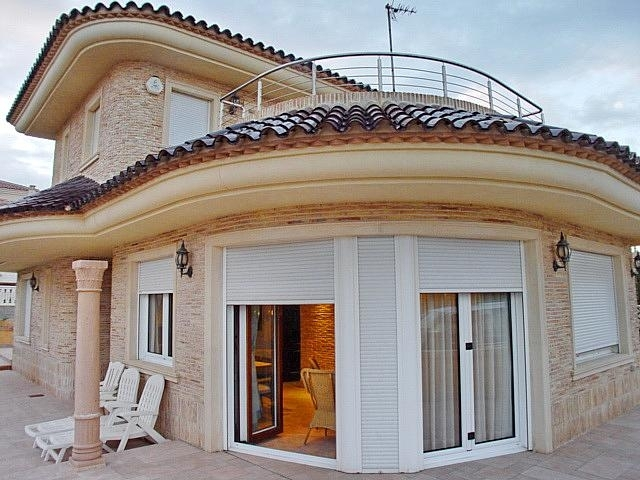Location - Villa detached - Guardamar