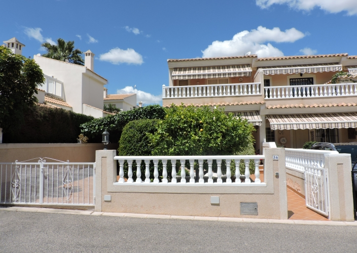 Segunda Mano - Chalet semi detached - Orihuela Costa - Los Altos