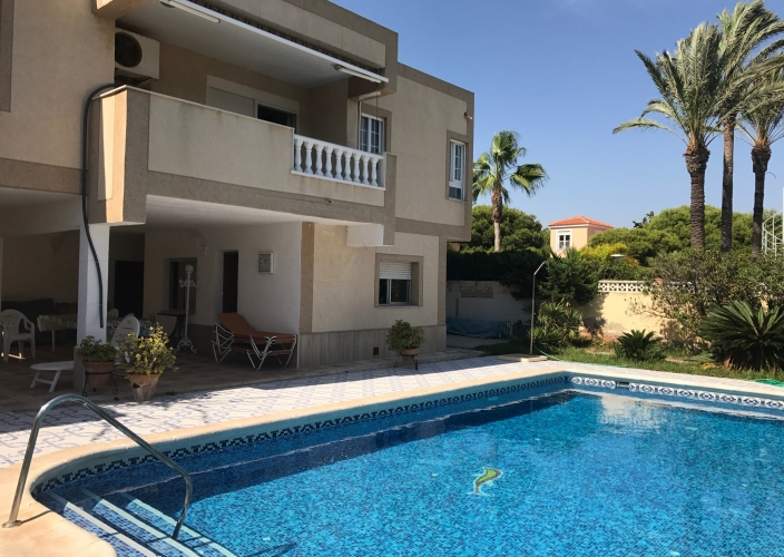 Location - Villa - Orihuela Costa - La Zenia