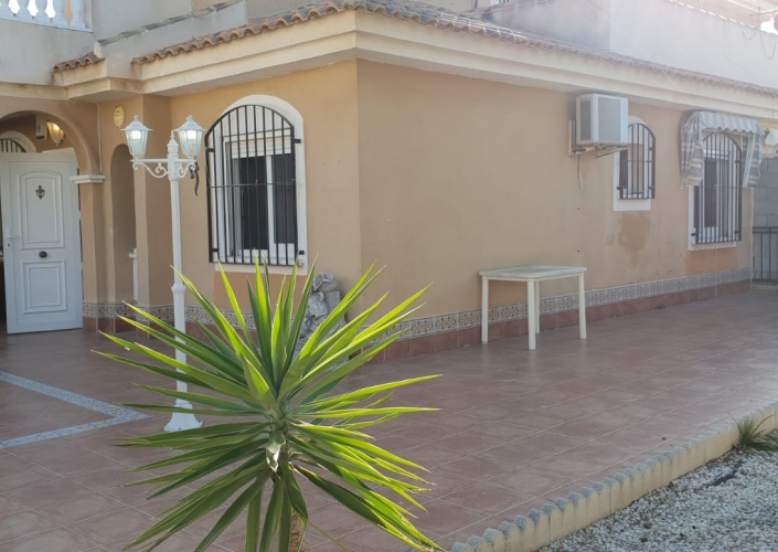 Location - Chalet - Orihuela Costa - Los Altos