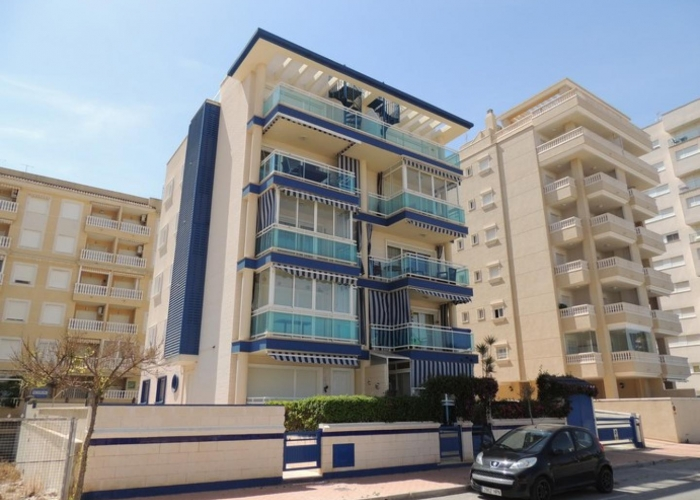 Resale - Apartment - Guardamar del Segura - Puerto Marino