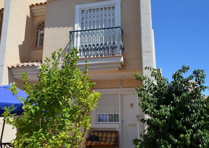 Segunda Mano - Chalet semi detached - Guardamar del Segura